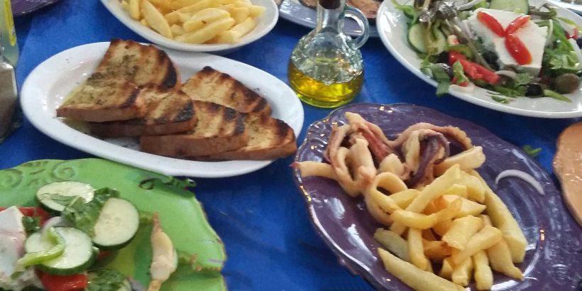 traditional-greek-tavern